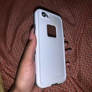 I phone 6 life proof case